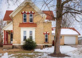 Casa en ejecución hipotecaria in Kent City, MI, 49330,  S EAST ST ID: S70009592