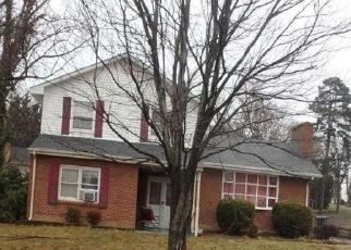 Foreclosed Home en CRAUN LN, Roanoke, VA - 24019