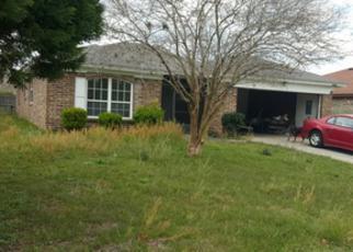 Foreclosed Home en MINDANAO DR S, Jacksonville, FL - 32246