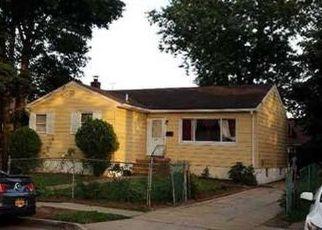 Casa en ejecución hipotecaria in Hempstead, NY, 11550,  HARVARD ST ID: S70125618
