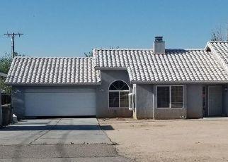 Foreclosed Home en HINTON ST, Hesperia, CA - 92345