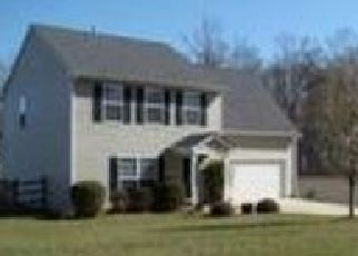 Foreclosed Home in SUMMERWOOD PL, Waxhaw, NC - 28173
