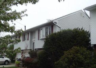 Foreclosed Home en WASHINGTON ST, Baldwin, NY - 11510