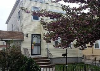 Foreclosed Home en 234TH ST, Rosedale, NY - 11422