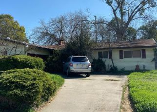 Foreclosed Home en GLENHAVEN WAY, Rancho Cordova, CA - 95670