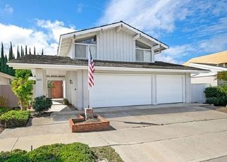 Foreclosed Home en SIERRA SIENA RD, Irvine, CA - 92603