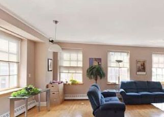 Foreclosed Home en BEEKMAN ST, New York, NY - 10038