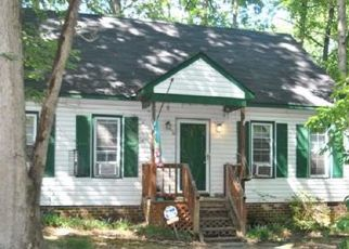 Foreclosed Home en LEVERET LN, Richmond, VA - 23235