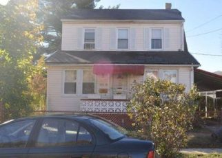 Foreclosed Home in GRAYSON ST, Springfield Gardens, NY - 11413