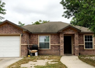 Foreclosed Home in W EISENHOWER AVE, Mission, TX - 78573