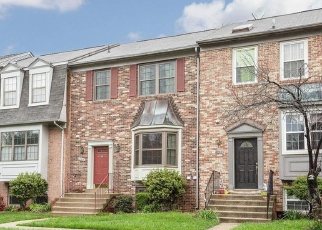 Foreclosed Home en TALLOW TREE PL, Fairfax, VA - 22033