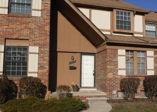 Casa en ejecución hipotecaria in Southfield, MI, 48076,  RALEIGH CIR N ID: S70162279