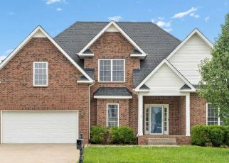 Foreclosed Home in MEADOW KNOLL CT, Clarksville, TN - 37040