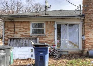 Casa en ejecución hipotecaria in Westland, MI, 48186,  STIEBER ST ID: S70168733