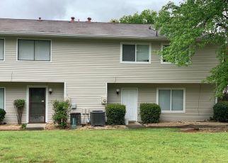 Casa en ejecución hipotecaria in Conyers, GA, 30012,  PINE LOG RD NE ID: S70169294