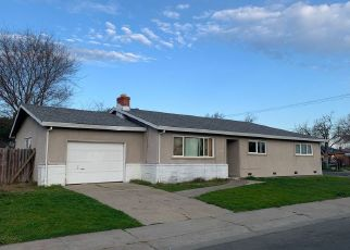 Foreclosed Home en 29TH ST, Sacramento, CA - 95822