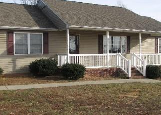 Foreclosed Home en JOHN DR, Danville, VA - 24540