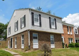 Foreclosed Home en COURTNEY PL, Hyattsville, MD - 20785