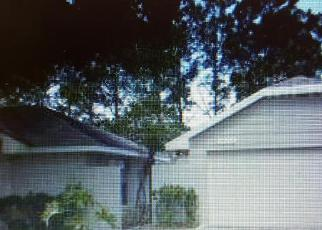 Foreclosed Home en INTERLAKE DR, Tampa, FL - 33624