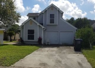 Foreclosed Home en CANONERO CT, Orlando, FL - 32825
