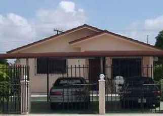 Foreclosed Home en E 16TH ST, Hialeah, FL - 33010