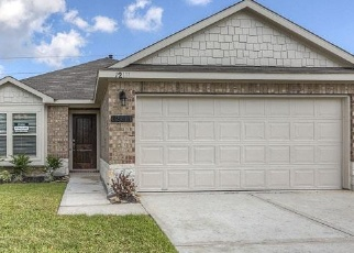 Foreclosed Home in GOLDEN OASIS LN, Humble, TX - 77346