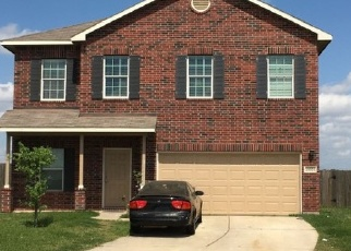 Foreclosed Home in CLAY LANDING LN, Katy, TX - 77449
