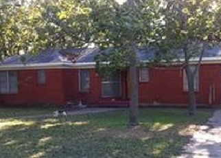 Foreclosed Home in ROGENE DR, Waco, TX - 76705