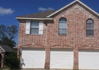Foreclosed Home in COTTAGE PARK CT, Arlington, TX - 76013