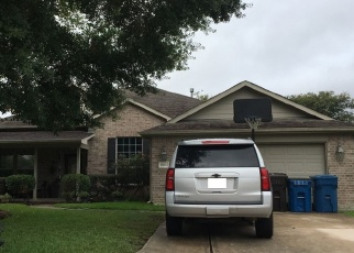 Foreclosed Home in SILVER YACHT DR, Humble, TX - 77346