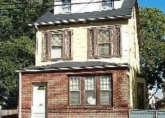 Casa en ejecución hipotecaria in Hempstead, NY, 11550,  TERRACE AVE ID: S70172129