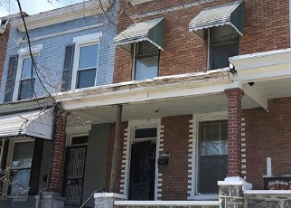 Foreclosed Home en AISQUITH ST, Baltimore, MD - 21218