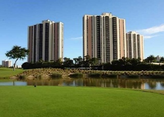 Foreclosed Home en W COUNTRY CLUB DR, Miami, FL - 33180