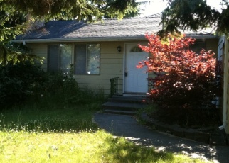 Foreclosed Home en 12TH AVE SW, Seattle, WA - 98146