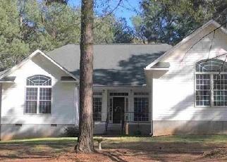 Foreclosed Home en WOODLAND MNR, Royston, GA - 30662