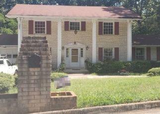 Foreclosed Home en PADDOCK DR, Decatur, GA - 30034