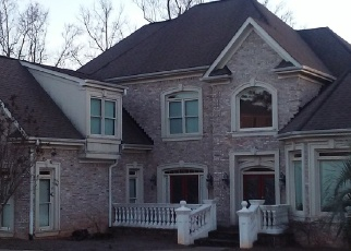 Foreclosed Home en SAINT REMY WAY SE, Conyers, GA - 30013