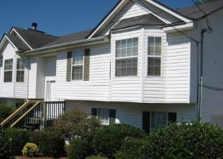Foreclosed Home en FLAKES MILL MANOR LN, Ellenwood, GA - 30294