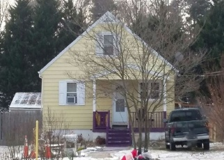 Foreclosed Home en ROGERS LN, Severn, MD - 21144