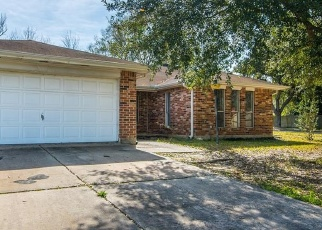 Foreclosed Home in ENCHANTED TIMBERS DR, Humble, TX - 77346