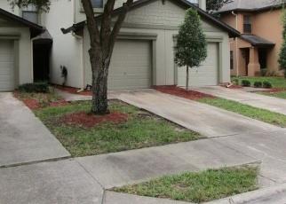 Foreclosed Home en HIGHCHAIR LN, Jacksonville, FL - 32210
