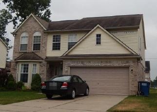 Foreclosed Home en HARVARD AVE, Westland, MI - 48186