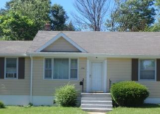 Foreclosed Home en FLEMING AVE NE, Roanoke, VA - 24012