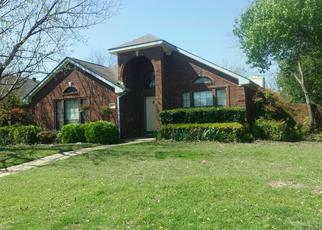 Foreclosed Home in CLUB CREEK DR, Fort Worth, TX - 76137