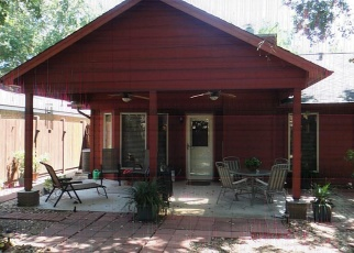 Foreclosed Home in FORESTBROOK DR, Spring, TX - 77373