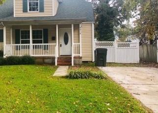 Foreclosed Home en W GLEN RD, Norfolk, VA - 23505