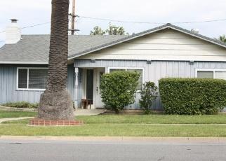 Foreclosed Home en S MAIN ST, Corona, CA - 92882