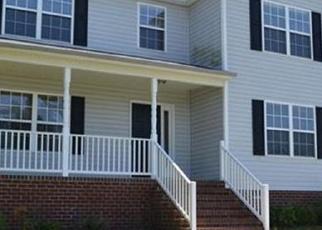 Foreclosed Home en LAKE JORDAN DR, Petersburg, VA - 23803