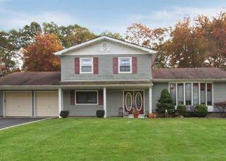 Casa en ejecución hipotecaria in Hauppauge, NY, 11788,  NORTHFIELD RD ID: S70175629