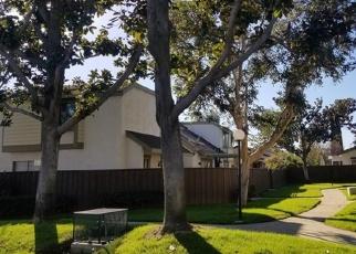 Foreclosed Home en S GREENWOOD PL, Ontario, CA - 91761